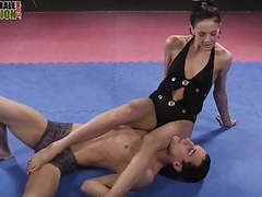 Feet dominatrix smothers guy with her feet movies at freekiloclips.com