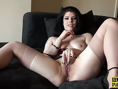 Solo uk slut rubbing her clit until orgasm movies