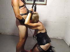 Wife in bondage movies at freekilosex.com
