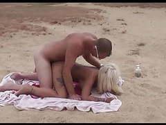 Geiler blonde am strand einfach gefickt tubes