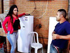 Brasileira rabuda seduz tecnico de tv a cabo movies at find-best-pussy.com