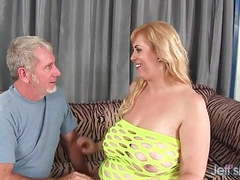 Big titty plumper amazon darjeeling gets her asshole drilled videos
