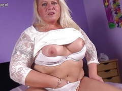 Naughty dutch bbw mom playing with wet pussy movies at find-best-panties.com
