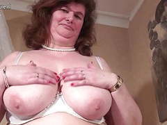 Big dutch mama playing with her hairy pussy movies at sgirls.net