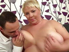 Young motherfucker fucks big mature mother movies at kilopills.com