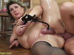 Bbw mom gets pumped and anal fucked clip