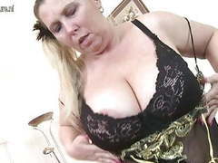Curvy huge breasted bbw mother with hungry pussy movies at find-best-ass.com