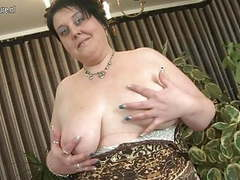Mature bbw mother with fat vagina movies at freelingerie.us