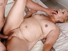 Old mature cunt filled with young cock movies at kilosex.com