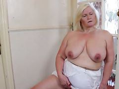 Big granny with old big thirsty vagina movies at kilosex.com