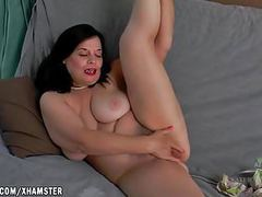 Nina fingers her big hairy pussy movies
