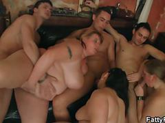 Chubby group orgy in the fat club movies at freekilosex.com