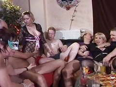 German real swinging at a club (by cattg85) movies at kilogirls.com