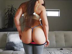 Big ass latina marta la croft bounces on doggy and cowgirl videos