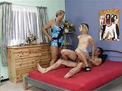 Mature couple and girl-trasgu tubes