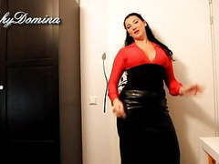 Kinkydomina in leather skirt - sph tubes