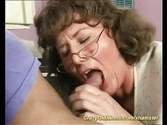 Crazy old mom tubes