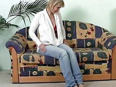 Mature masturbating on the sofa tubes