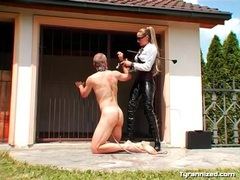 Collared man trampled by latex mistress movies