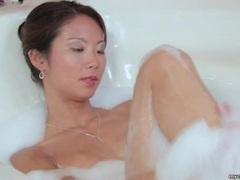 Beautiful asian masturbates in the bathtub tubes at sgirls.net