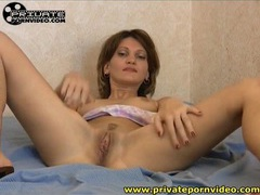 Pussy eating gets her wet for dildo sex movies at kilosex.com