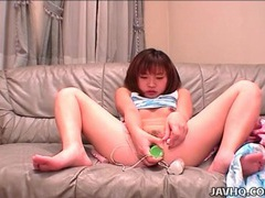 Green dildo fucks bald japanese pussy videos