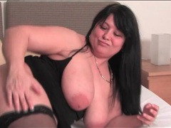 Fat girl plays with her pussy in hotel bed videos
