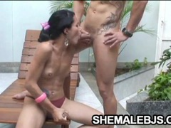 Fernandinha - shemale is the oral sex expert videos