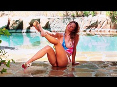 Busty heather vandeven gets wet in bikini videos