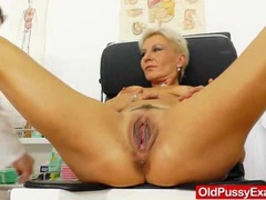 Blondes mamma gyno in addition to a little extra videos