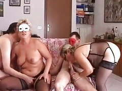 Amateurs echangistes partie 1 movies at kilovideos.com