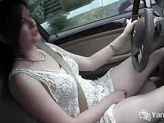 Yanks cutie  savannah sly masturbates in the car videos