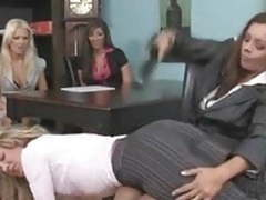Spanking movies at freekiloclips.com