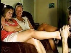 Spanking classic-over mom's knee movies at freekiloclips.com