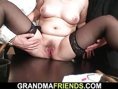 Her old pussy and mouth getting shared tubes