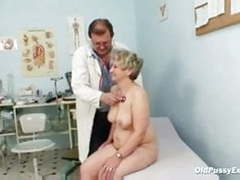Mature fat pussy ruzena gyno speculum bizzare clinic exam videos