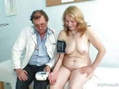 Gyno doctor speculum examines very old mature pussy sofie videos