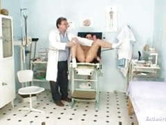 Gyno doctor speculum examines sandra at kinky gyno clinic videos