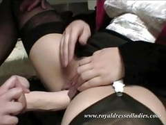 Rich lady have a visit with her female lesbian gynecologist videos