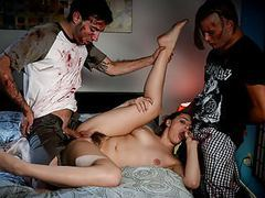 Spizoo - kendra lynn is fucked by two zombies, big boobs movies