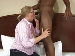 Chubby wife get fucked by bbc tubes