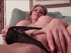 Mature with a big clit videos