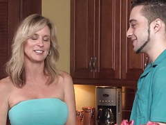 Mom fucks her unwanted stepson videos