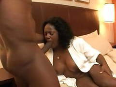 Mandingo's ebony cougar #2...kyd!!! videos