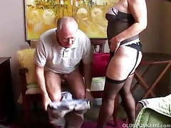 Old spunker in sexy stockings loves to suck cock & eat cum videos