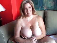 Beautiful cougar has nice big tits and a fat juicy pussy movies at kilogirls.com