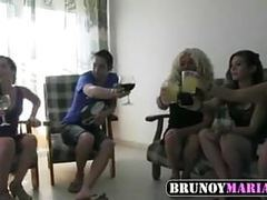 Maria, otra madura y dos teens follamos a dos jovencitos movies at find-best-panties.com