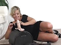 Busty blonde gilf sybian fun movies at find-best-babes.com