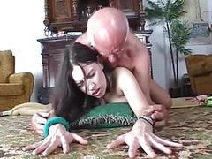 Slut demonstrates dildo to old man movies at kilotop.com