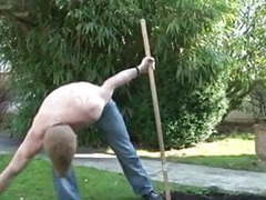 Diana la mature se tape le jardinier sur telsev.tv movies at freekiloporn.com